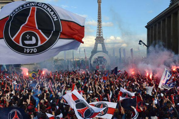 Comencemos con el Paris Saint Germain, el club galo tuvo una crisis econ...