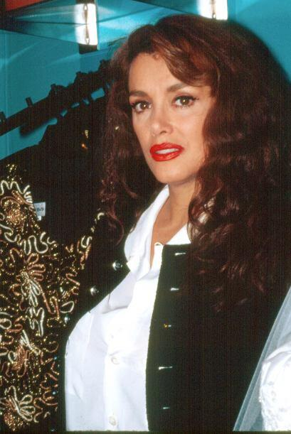 El tiempo pasó y Lucía Méndez quiso mantener su belleza.
