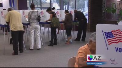 Aumentan los votantes independientes entre los latinos