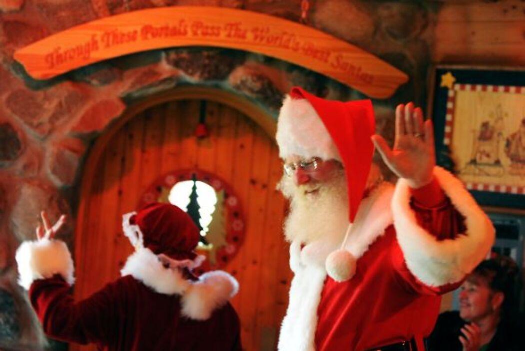 Entre otros temas, se tocaron la historia de Santa, cómo redactar hojas...