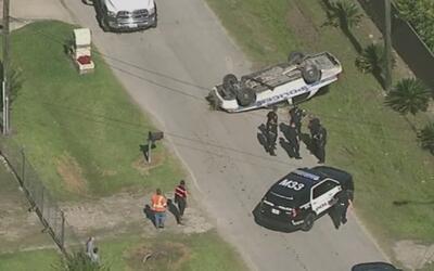Persecución terminó en choque en el noreste de Houston