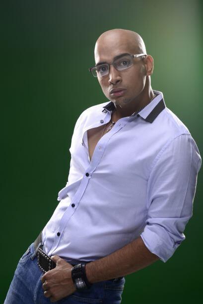 José vive en New Jersey y trabaja como coordinador de actividades...