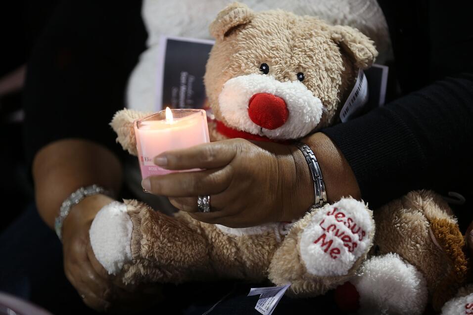 Las víctimas hispanas de tiroteo en California  vigilia13.jpg