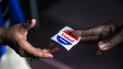 Medio millón de latinos están registrados para votar en las elecciones p...
