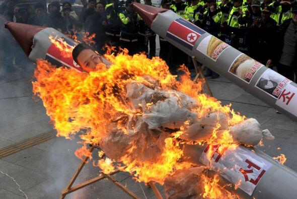 """En marzo Corea del Norte declaró """"estado de guerra"""" contra Corea del Sur..."""