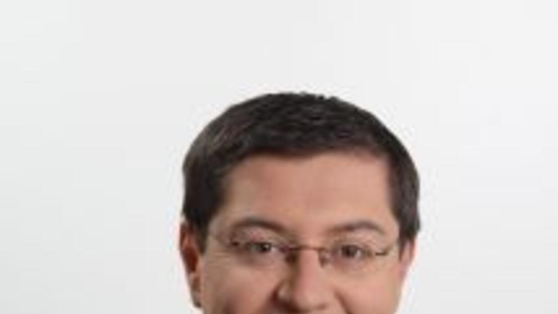 El periodista Fernando Pizarro es el corresponsal de las afiliadas de Un...