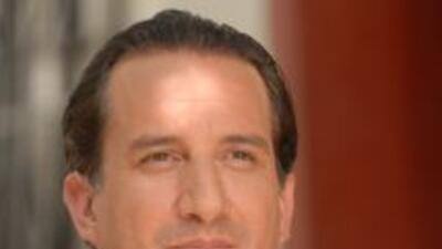 Jorge Ortiz de Pinedo canceló la gira de la puesta en escena Rain Man po...