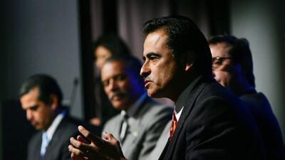 Richard Alarcón cuando fue candidato a la alcaldía de Los...