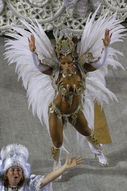 Otra danza, la del Congo, que está considerada como la más típica y popu...