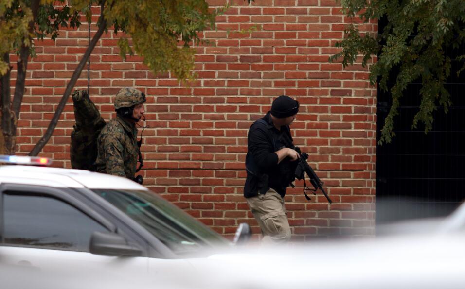 El Campus de la universidad de Ohio. El sospechoso fue tiroteado tras ut...
