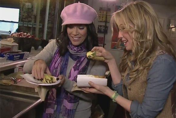 No cabe duda, este paseo entre Thalía y Karla resultó tan divertido como...
