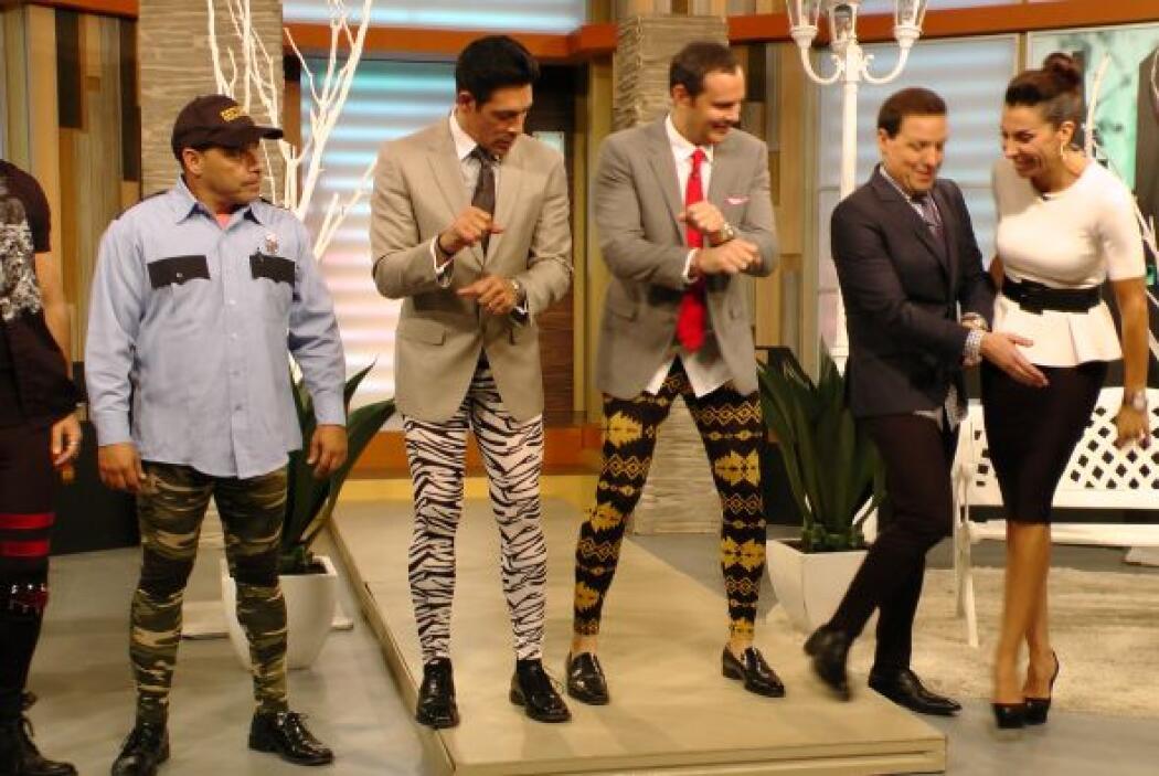 Los presentadores dijeron sentirse muy cómodos en ''meggings''.