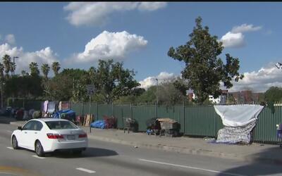 Inician los tres días de conteo de indigentes en el condado de Los Ángeles