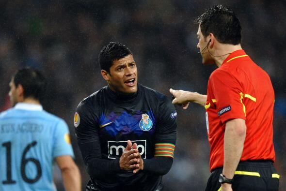 Los jugadores del Porto se empezaron a descontrolar, comenzaron las pier...