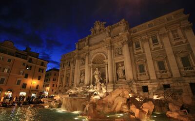 La fuente Trevi de Roma fue restaurada gracias a una donación de...