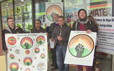 Grupos de inmigrantes de suburbios de Chicago se manifestarán en las cal...