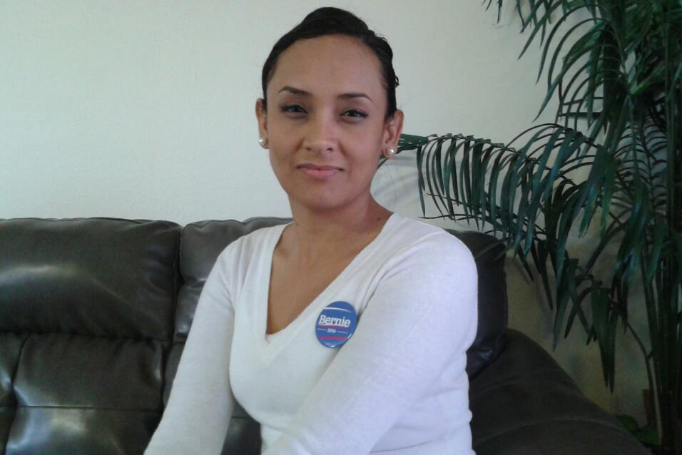 Erika Andiola, estratega hispana de Sanders, es una conocida 'Dreamer'