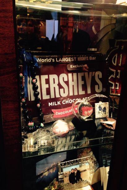 Desde fotos, hasta gigantescos chocolates. Detalles del Desfile de las R...