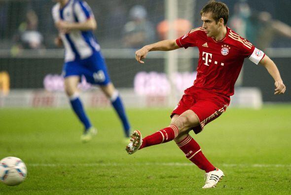 PHILIPP LAHM- Este alemán, capitán del Bayern Múnich y del equipo nacion...