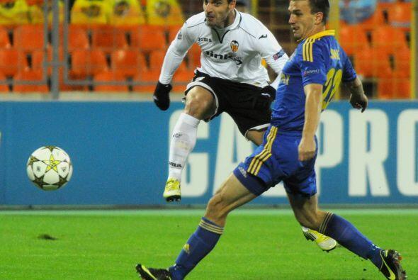 La gran figura del partido fue el atacante español Roberto Soldado.