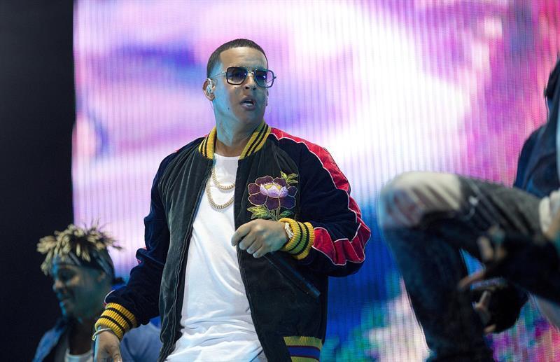 Daddy Yankee interpretó hasta su éxito más reciente, 'Hula Hoop'.