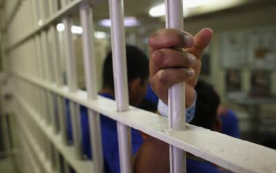 Indocumentado en un centro de detención de ICE