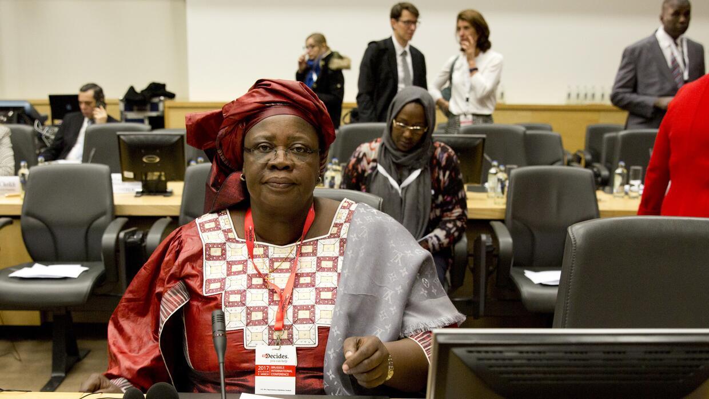 La Ministra de Salud Pública de Chad, Ngarmbatina Odjimbeye Soukate, en...