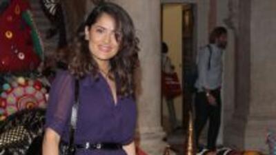 La estrella mexicana siempre ha presumido en público de cómo su hija Val...