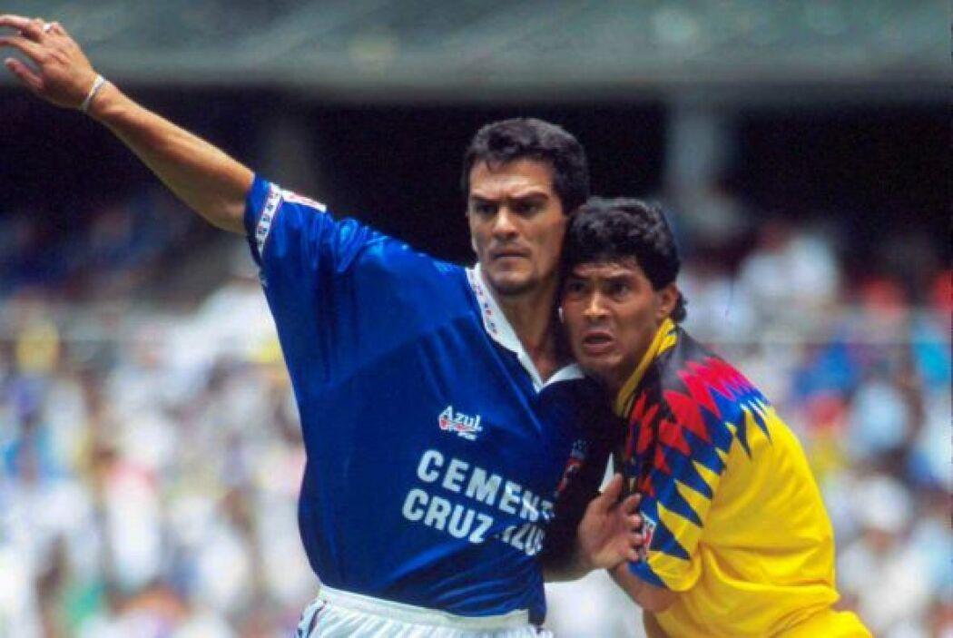 Carlos Hermosillo nació en el América pero sus mejores años y goles los...