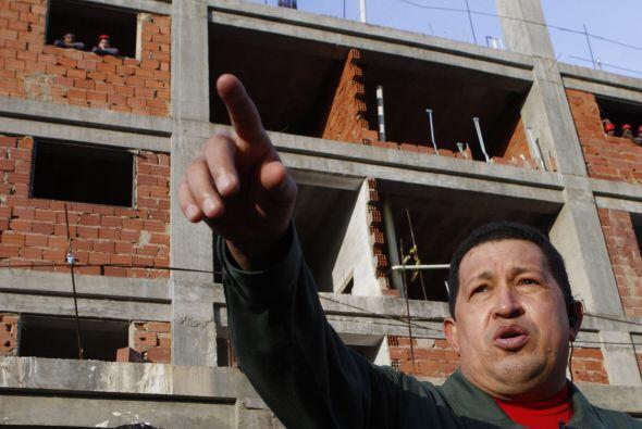 Debido a esta situación, en Venezuela se agravado la escasez de v...