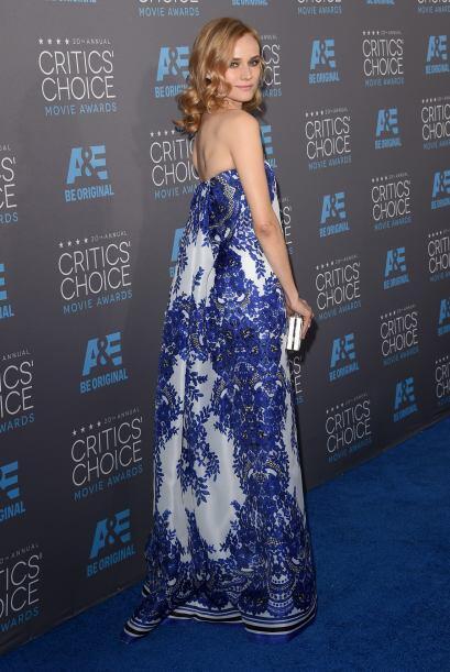 El vestido de  Diane Kruger no tenía forma de nada, y por consecu...