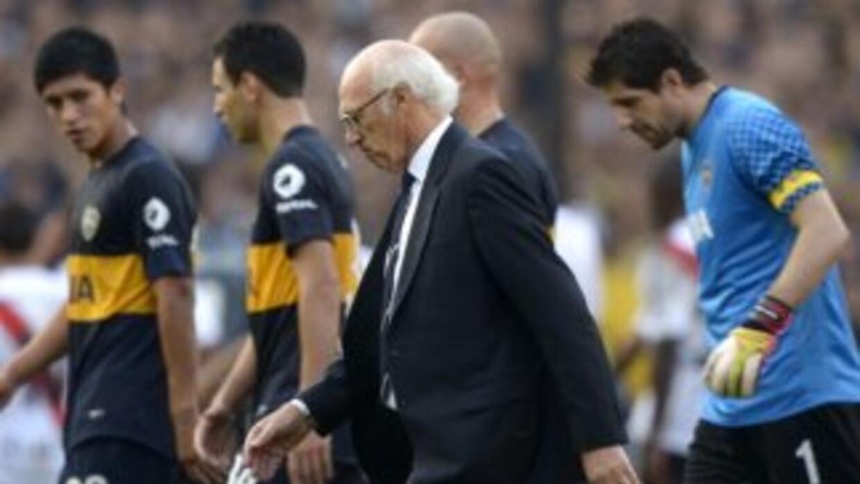 Boca siguió su mala temporada ante San Lorenzo.