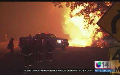 Incendio en el lago Berryessa amenaza a habitantes del área