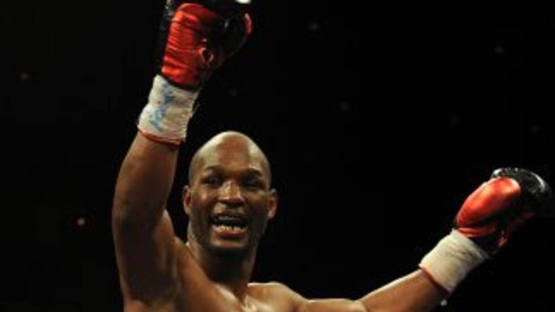 Bernar Hopkins espera convertirse en el campeón mundial del mundo con ma...
