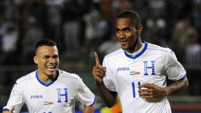 Arnold Peralta y Jerry Bengtson estarán con Honduras