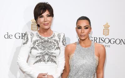 Kris Jenner con su hija Kim Kardashian.