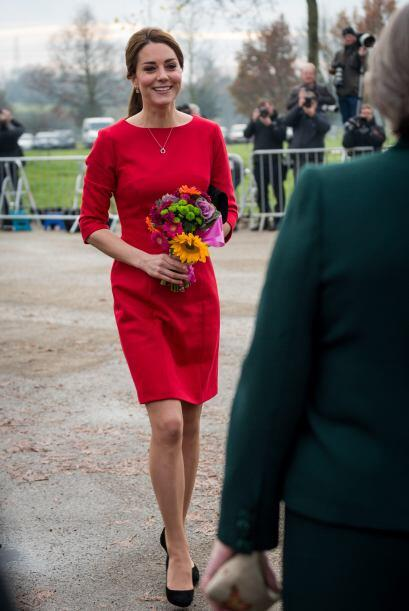 Kate Middleton convivió con los niños el hospicio y escucho el testimoni...