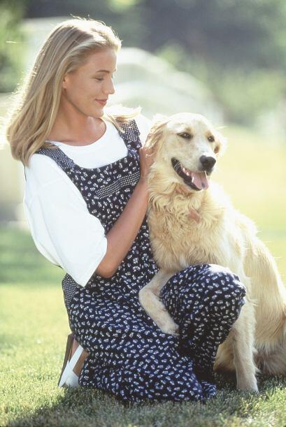 Desde muy joven, la belleza se Cameron se hizo inminente.