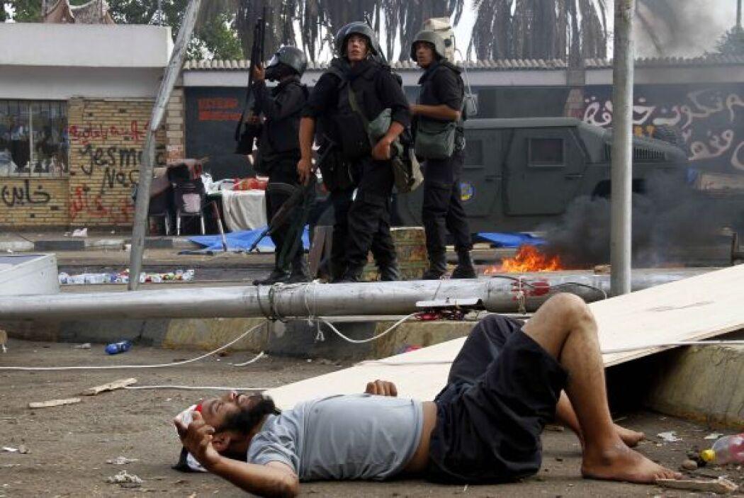 El violento desalojo ha causado protestas en otras ciudades egipcias .