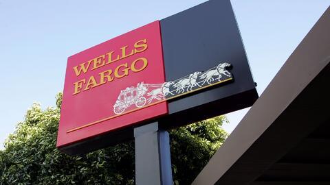 Empleados de Wells Fargo debían salir a buscar indocumentados en la call...