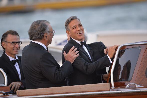 Clooney muy feliz.