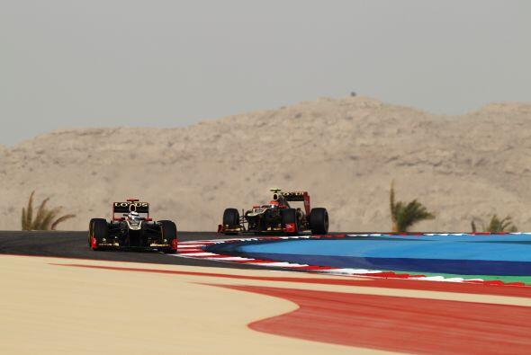 En ocasiones, la distancia entre Sebastian Vettel y Kimi Raikkonen parec...