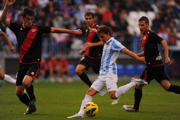 El Málaga perdió por primera vez en casa esta temporada ante el Rayo Val...