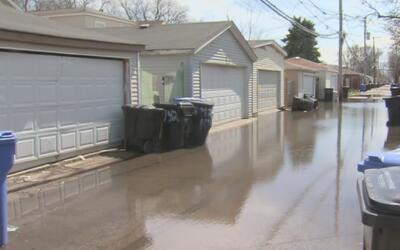 Tormenta y fuertes vientos ocasionaron daños en zonas de Chicago