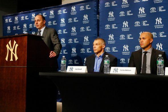 Precisamente, los Yankees han gastado casi $300 millones en rearmar el e...