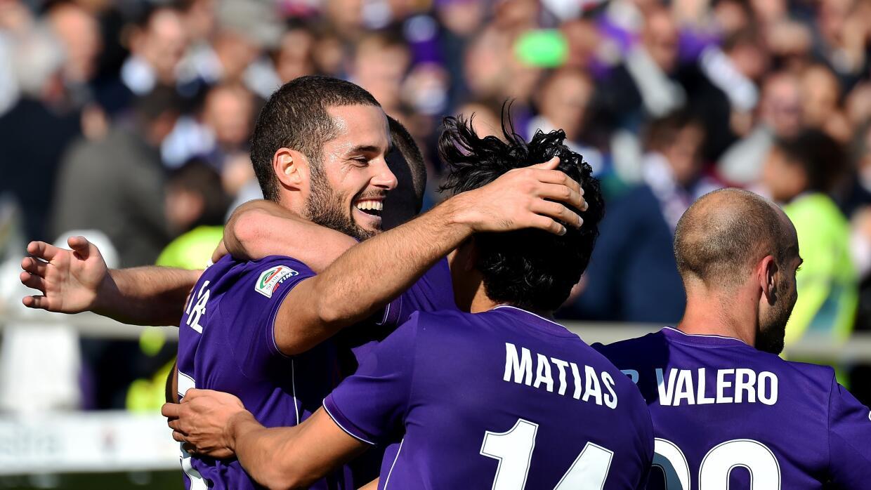 Fiorentina goleó y recupera el liderato
