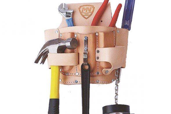 Recuerda también llevar en tu caja de herramientas un destornilla...