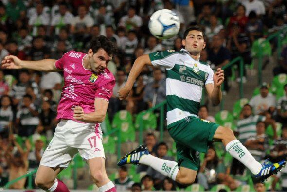 Por otro lado está Mauro Boselli como el hombre gol esmeralda y q...
