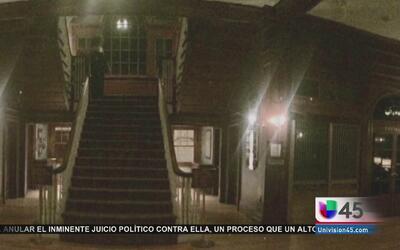 Misteriosa silueta aparece en foto  tomada al interior del hotel Stanley