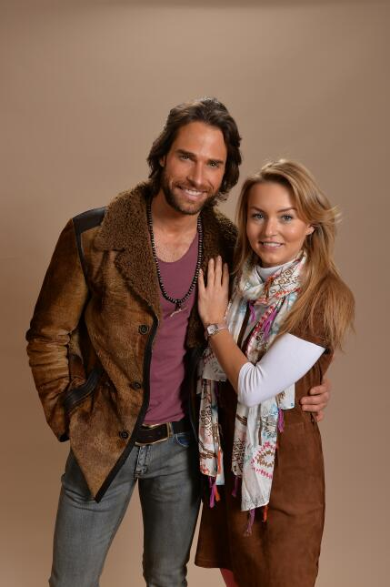 Angelique Boyer y Sebastian Rulli en Latin GRAMMY